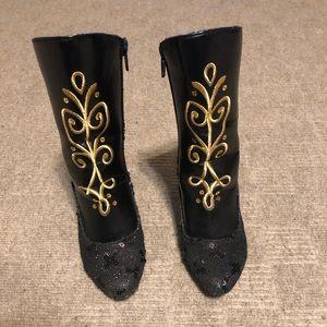 2/$15 🎉Princess Anna boots